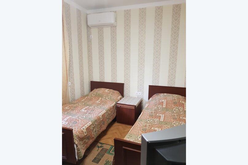 Комната 2, Черниговская, 40, Адлер - Фотография 1