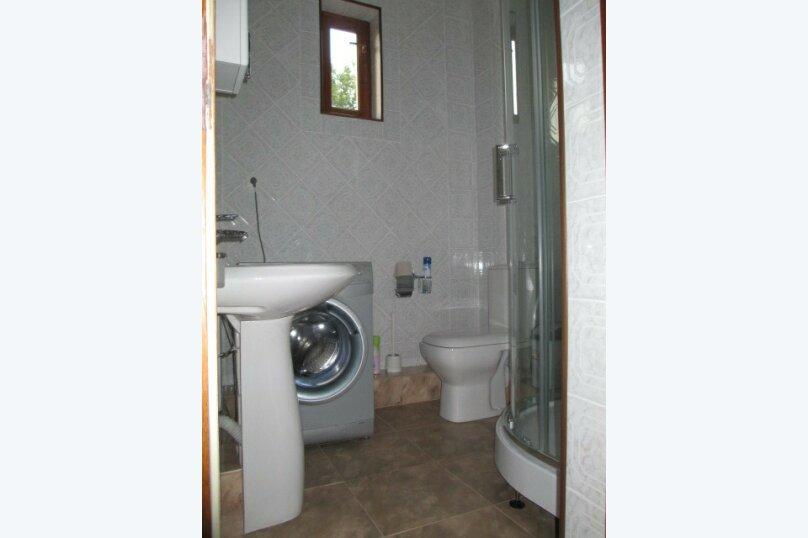 """Гостевой дом """"Светлана"""", Ключевой переулок, 14 на 4 комнаты - Фотография 2"""