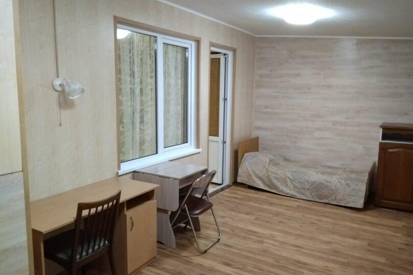 Гостевой дом в 10 минутах от моря с балконами, улица Ленина, 33/2 на 2 комнаты - Фотография 38