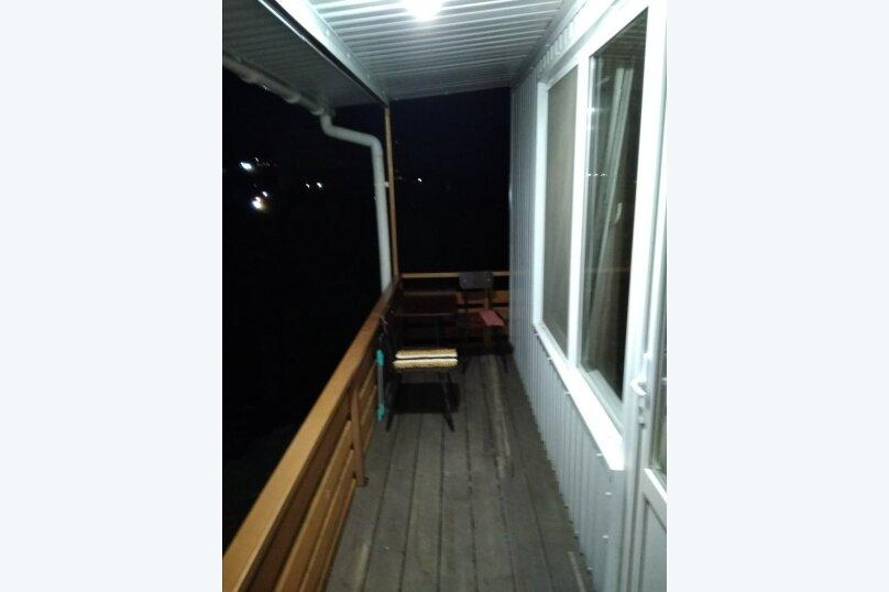 Гостевой дом в 10 минутах от моря с балконами, улица Ленина, 33/2 на 2 комнаты - Фотография 39