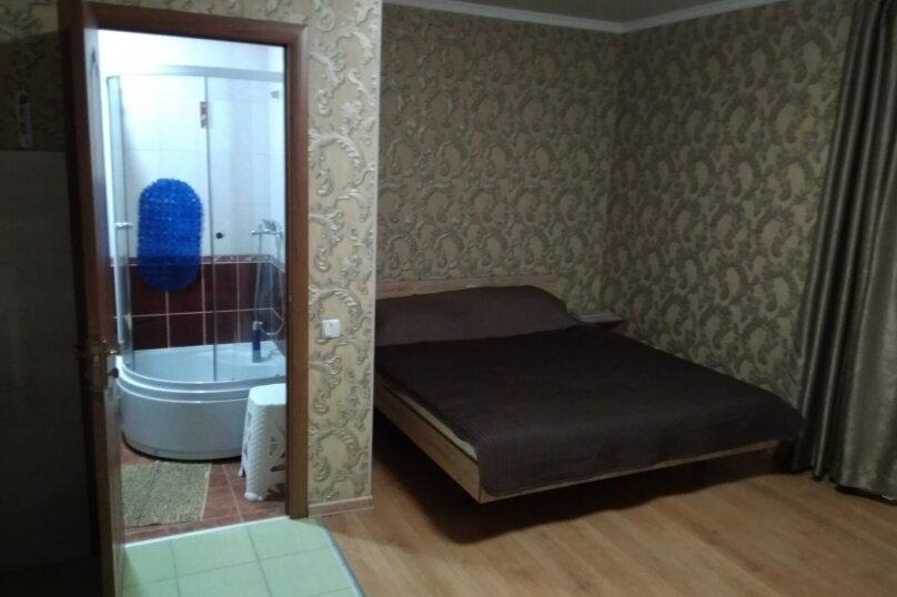 Гостевой дом в 10 минутах от моря с балконами, улица Ленина, 33/2 на 2 комнаты - Фотография 27