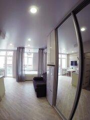 1-комн. квартира, 28 кв.м. на 3 человека, улица Лескова, 25, Адлер - Фотография 1