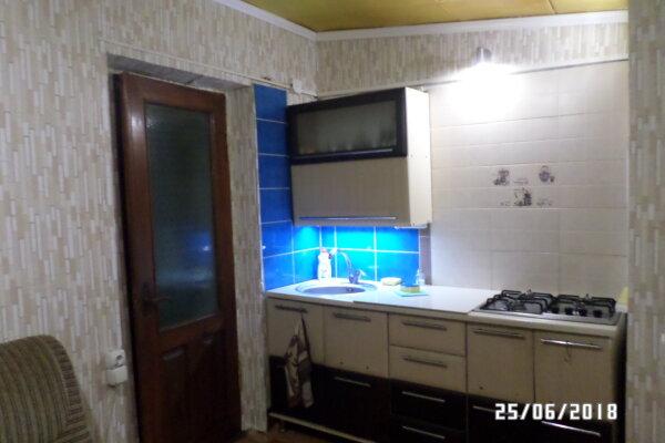 Дом, 65 кв.м. на 6 человек, 2 спальни, улица Победы, 33, Феодосия - Фотография 1