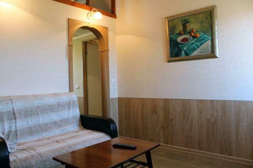 Гостевой дом , 50 кв.м. на 5 человек, 2 спальни, Центральная, 15-б, Олонец - Фотография 5