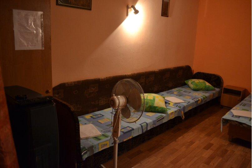 Комнаты для проживания, улица Гумилёва, 1, Коктебель - Фотография 1