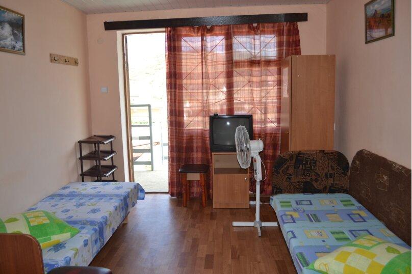 Комнаты для проживания, улица Гумилёва, 1, Коктебель - Фотография 10