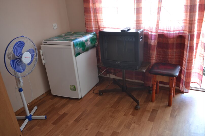 Комнаты для проживания, улица Гумилёва, 1, Коктебель - Фотография 12