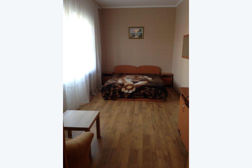 Трехместный полулюкс с балконом , Почтовая улица, 48Б, Витязево - Фотография 6