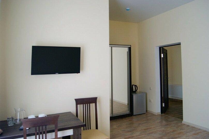 """Гостевой дом """"Дубки"""", улица Мемета Нузета, 18 на 18 комнат - Фотография 4"""