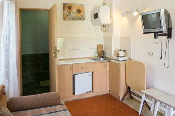 Дом, 22 кв.м. на 2 человека, 1 спальня, улица Дёмышева, Евпатория - Фотография 1