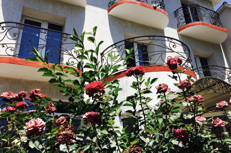 """Гостевой дом """"Villa Yukka"""", улица Ленина, 97А на 6 комнат - Фотография 3"""