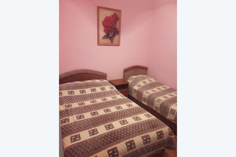 2-х комнатный люкс на втором этаже, Автобусный переулок, 1, Феодосия - Фотография 3