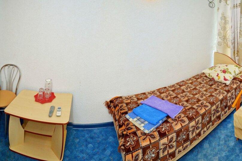 Однокомнатный двухместный номер «Комфорт плюс», улица Новоселов, 3, Алушта - Фотография 1