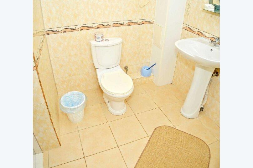 Двухкомнатный четырехместный номер «Люкс», улица Новоселов, 3, Алушта - Фотография 6