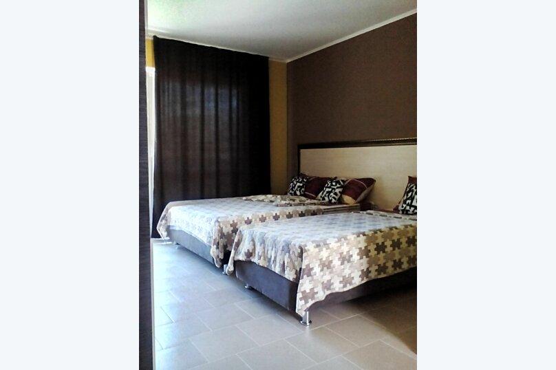 Трёхместное улучшенное жилье со всеми удобствами, Гоголя , 29а, Архипо-Осиповка - Фотография 1