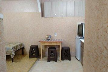 Коттедж, 20 кв.м. на 4 человека, 1 спальня, улица Чехова, 21, Феодосия - Фотография 4