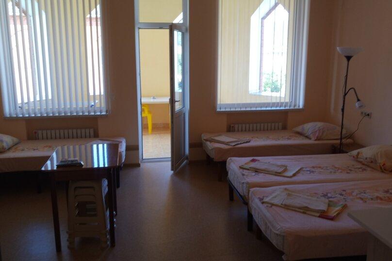Отдельная комната, улица Радужная, 1, Кабардинка - Фотография 1