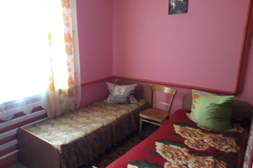 Комната на 2 места, Краснодарская улица, 44, Ейск - Фотография 1