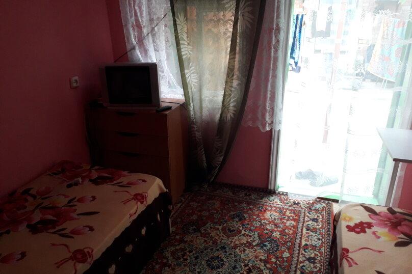 Комната в летнем домике на 2 места, Краснодарская улица, 44, Ейск - Фотография 2