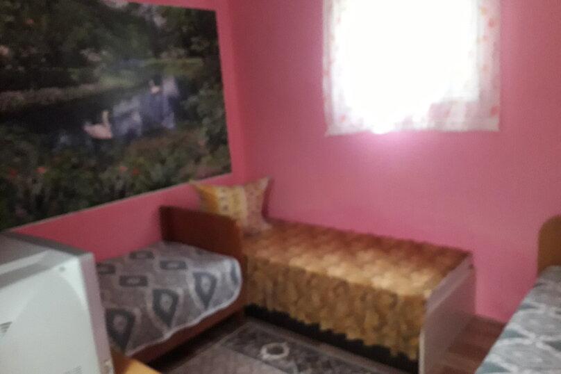 Комната в летнем домике на 3 места (три односпальные кровати), Краснодарская улица, 44, Ейск - Фотография 3