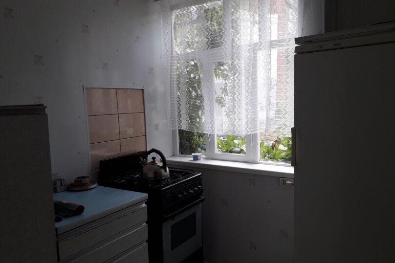 Комната в летнем домике на 3 места (три односпальные кровати), Краснодарская улица, 44, Ейск - Фотография 6