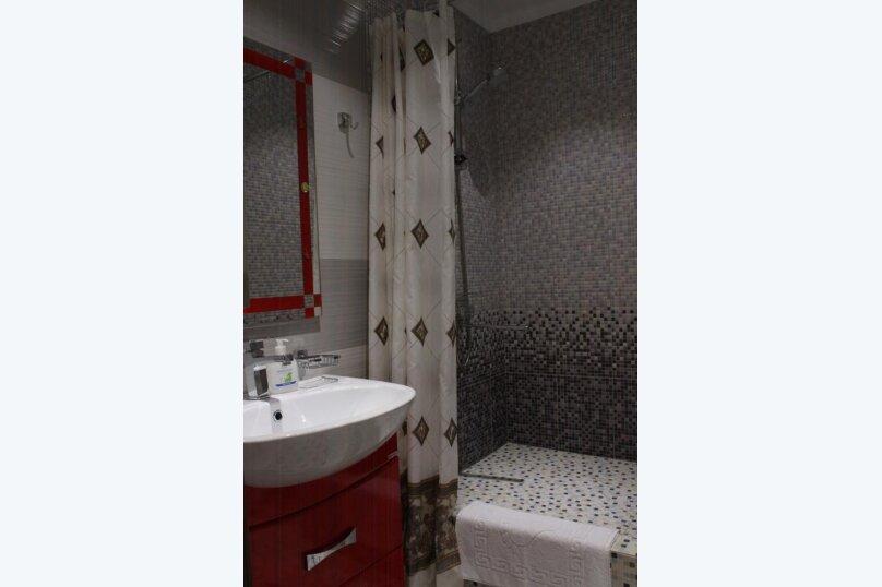 """Гостевой дом """"Tikhiy Ugolok"""", улица Мориса Тореза, 3 на 4 комнаты - Фотография 47"""