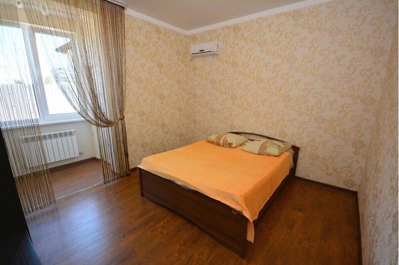 """Гостевой дом """"Эльвира"""", Апрельская улица, 1В на 6 комнат - Фотография 8"""