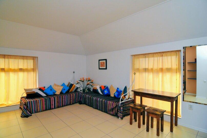 4-х местная семейная комната в мансарде, Школьный переулок, 30А, Коктебель - Фотография 4