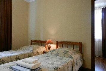 2-комн. квартира, 34 кв.м. на 4 человека, улица Ленина, 4, Железноводск - Фотография 1