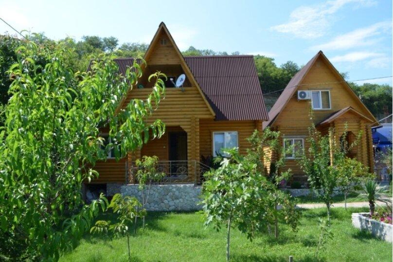 Двухэтажный сруб с удобствами, Черноморская улица, 27, Ольгинка - Фотография 1