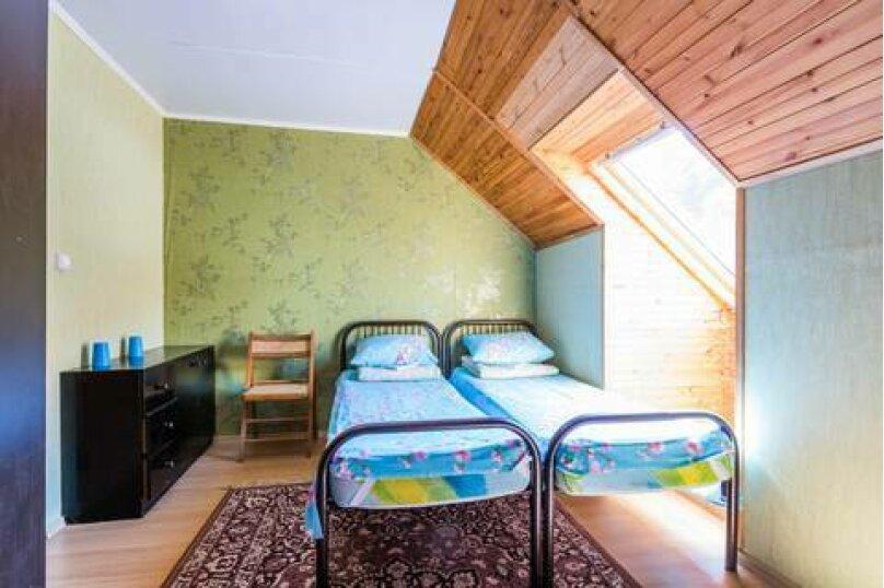 Трехместный номер с удобствами №10 Этаж 3, Черноморская улица, 27, Ольгинка - Фотография 1