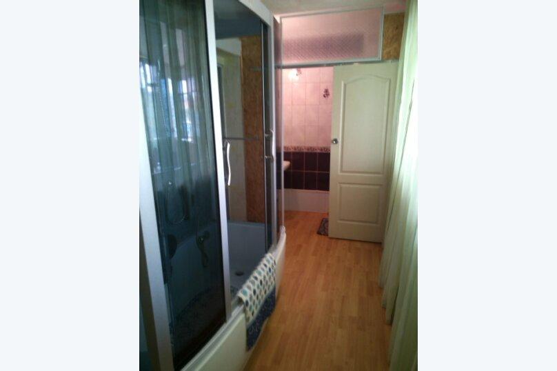 Дом-дача до 12 человек, 4 комнаты, большой двор, 200 кв.м. на 12 человек, 4 спальни, Раздольненское шоссе, 4, Евпатория - Фотография 20
