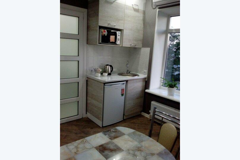 Двухкомнатный номер, улица Калинина, 10, Керчь - Фотография 2