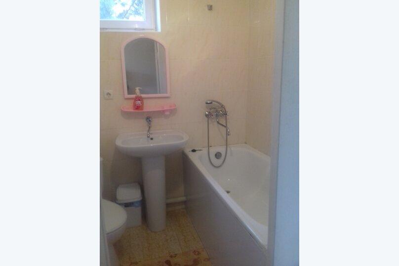 Номер 3-х местный с кондиционером, душем, туалетом, Wi-Fi, Новая, 49, Поповка - Фотография 1