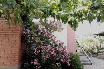 """Гостиница """"На Озен Бою 9"""", улица Озен Бою, 9 на 5 комнат - Фотография 1"""