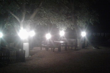 Дом на Азовском море!, 64 кв.м. на 8 человек, 3 спальни, Октябрьская, Должанская - Фотография 1