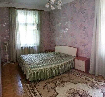 3-комн. квартира, 78 кв.м. на 5 человек, улица Генерала Петрова, 8, Севастополь - Фотография 1