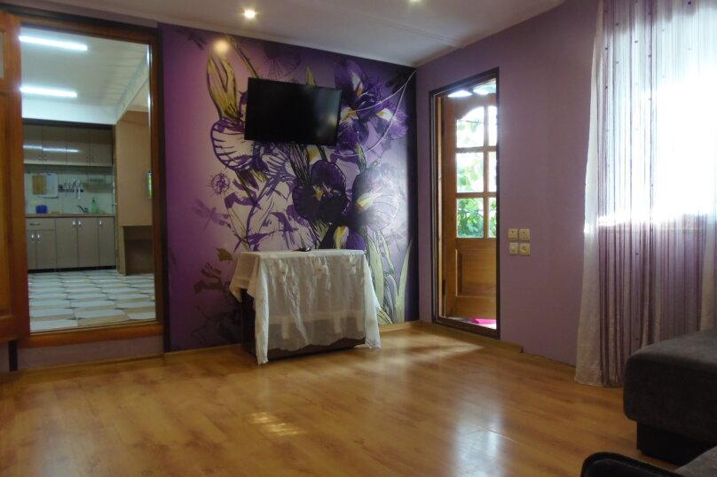 Дом, 100 кв.м. на 8 человек, 3 спальни, улица Кирова, 61, Ялта - Фотография 35