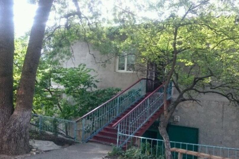Хостел «На переулке Свердлова», переулок Свердлова, 6 А на 4 номера - Фотография 3