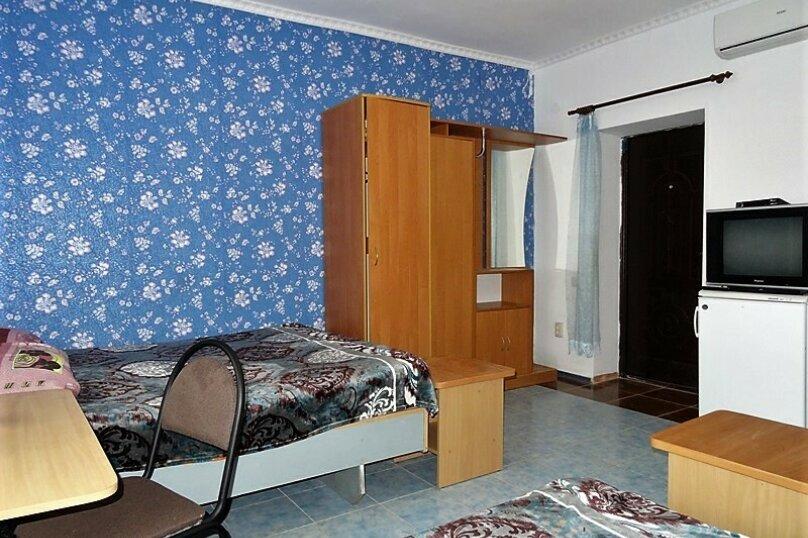 """Гостевой дом """"Гута"""", Морская,4 на 6 комнат - Фотография 17"""