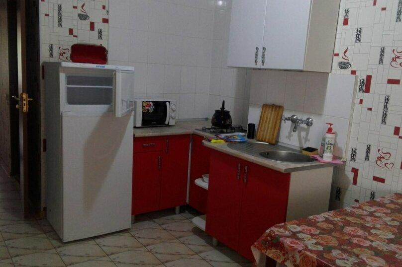 1-комн. квартира, 40 кв.м. на 4 человека, улица Пушкина, 34, Евпатория - Фотография 2
