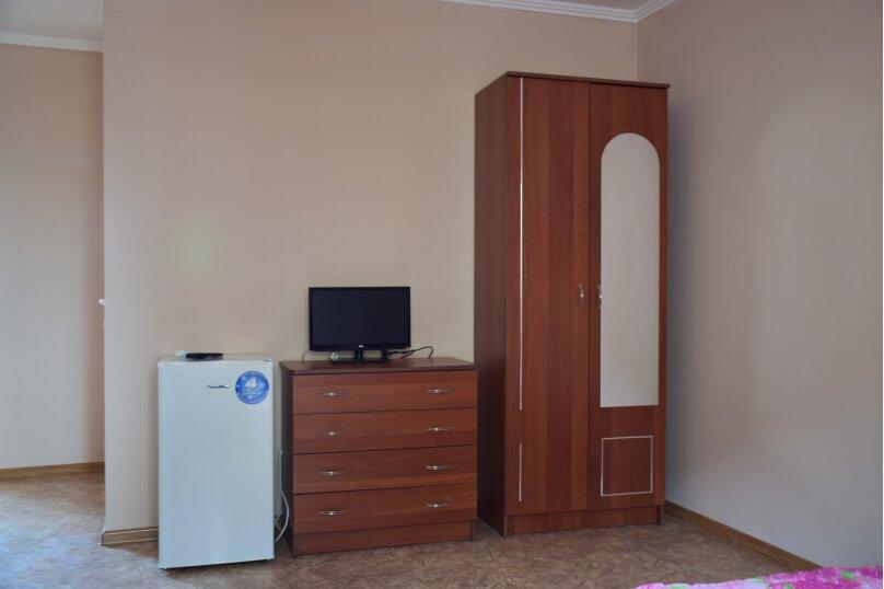 """Гостевой дом """"На Морской 38"""", Морская улица, 38 на 8 комнат - Фотография 230"""