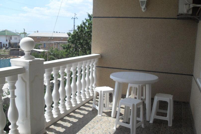 Двухкомнатный комфорт с балконом, Морская улица, 38, Поповка - Фотография 1