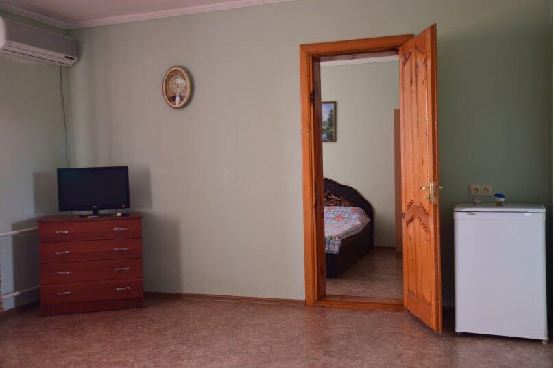 """Гостевой дом """"На Морской 38"""", Морская улица, 38 на 8 комнат - Фотография 188"""