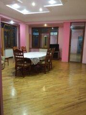 3-комн. квартира, 145 кв.м. на 9 человек, улица Плеханова, 69, Сочи - Фотография 1