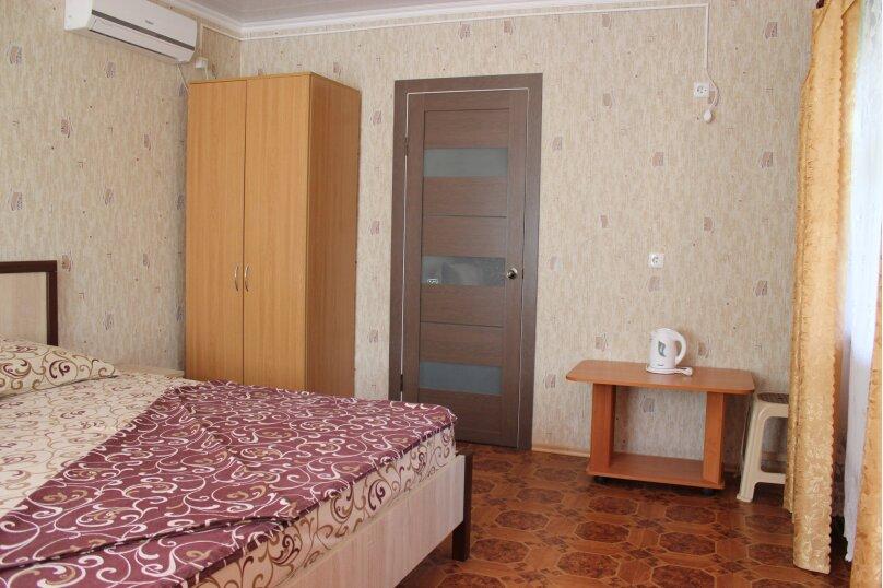 """Гостевой дом """"На Айвазовского 7"""", улица Айвазовского, 7 на 9 комнат - Фотография 35"""