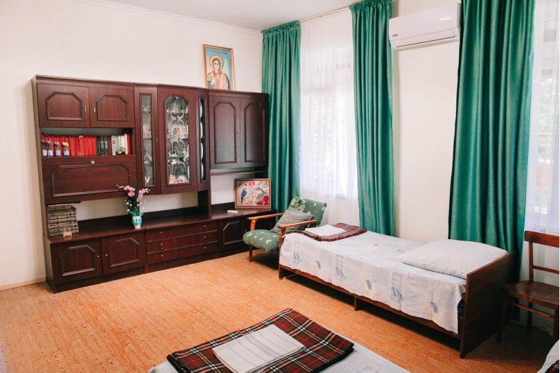 """Гостевой дом """"Гроздэ"""", Спортивная, 22 на 9 комнат - Фотография 21"""