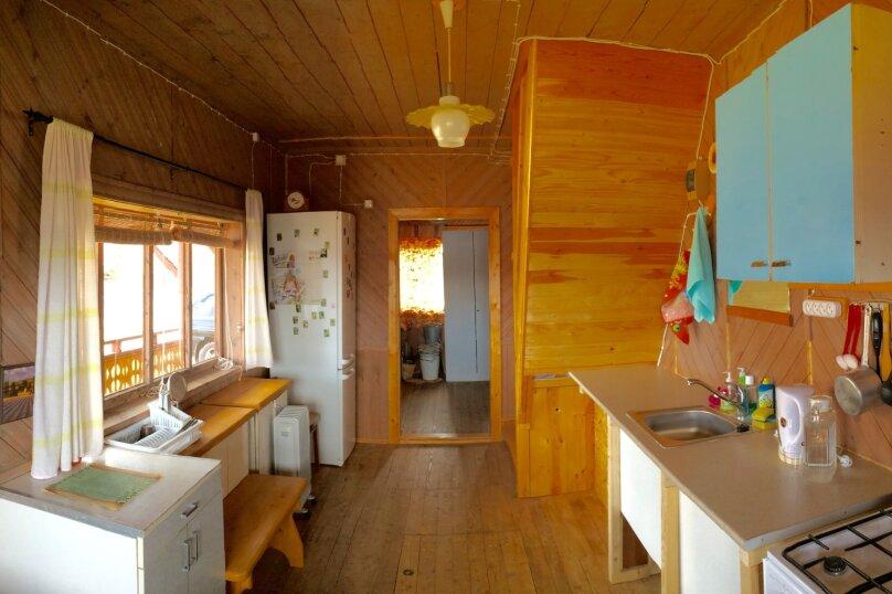 Дом с мансардой на берегу с видом на озеро Селигер. Рыбалка, шашлыки., 70 кв.м. на 6 человек, 1 спальня, д. Городец, 5, Осташков - Фотография 11