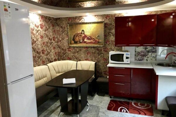 Дом, 72 кв.м. на 4 человека, Евпаторийское шоссе, 51, Саки - Фотография 1