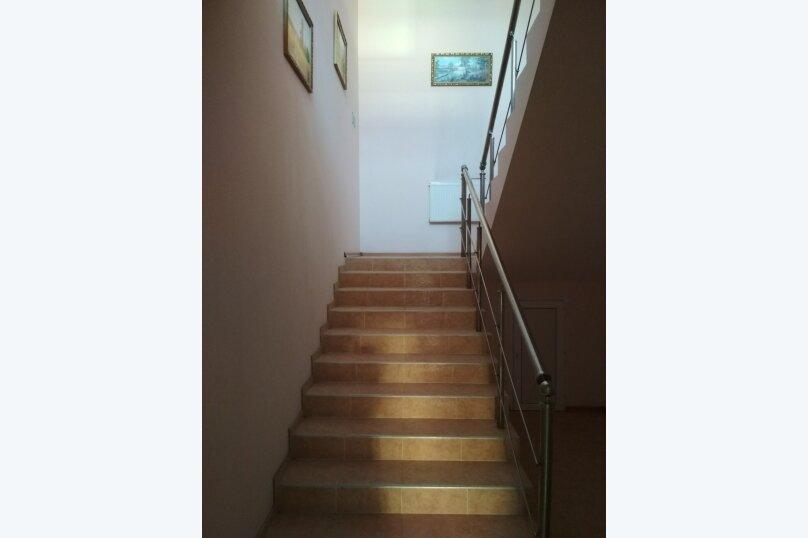 4-х местный двухкомнатный, улица Горшковой, 105, Приморско-Ахтарск - Фотография 2